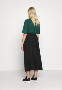 Selected Femme - SLFALEXIS MIDI SKIRT - A-line skirt - black - 2