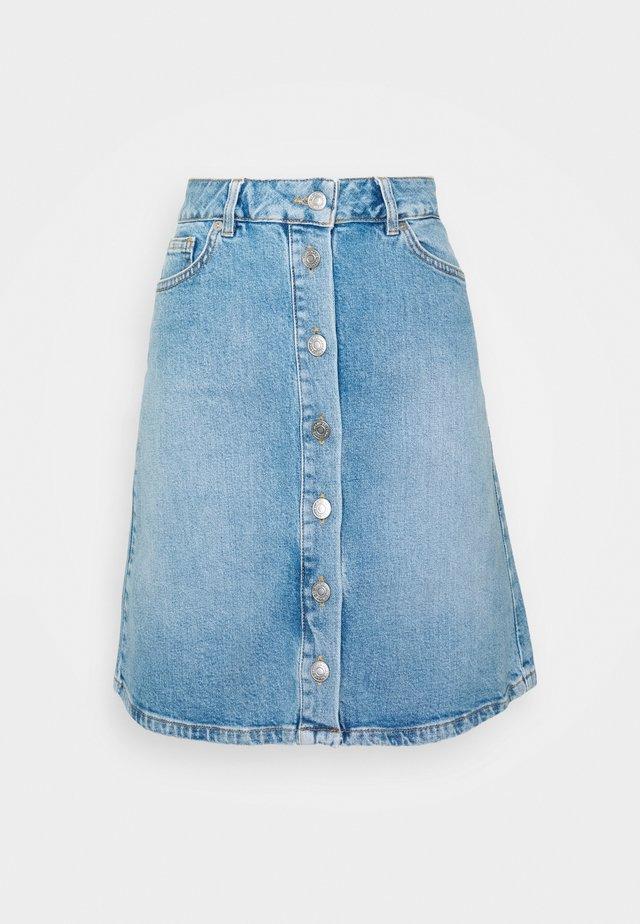 FROSE BAYSIDE  - Denim skirt - medium blue denim
