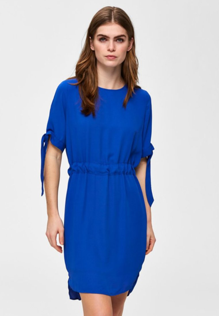Selected Femme - Day dress - dazzling blue