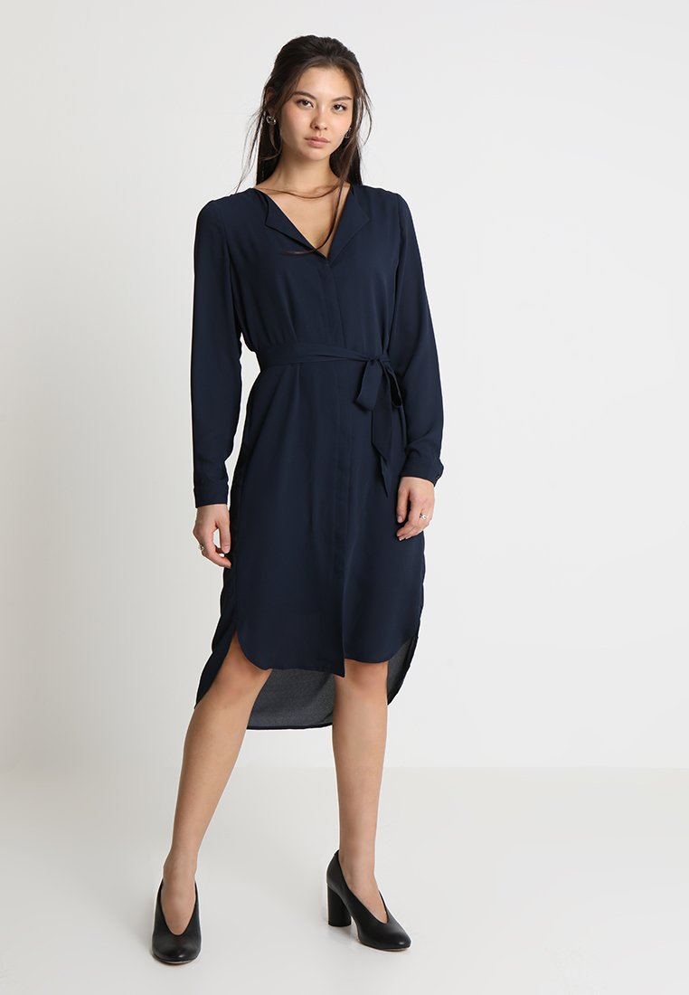 Selected Femme - SLFDYNELLA DRESS NOOS - Shirt dress - dark sapphire