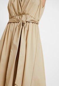 Selected Femme - SLFFLEA DRESS EX - Maxikleid - pale khaki - 7