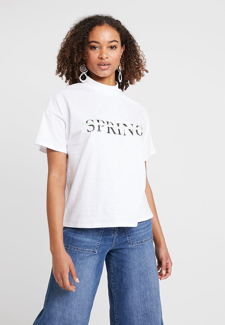Selected Femme - SLFMIRA HIGHNECK TEE - T-Shirt print - bright white