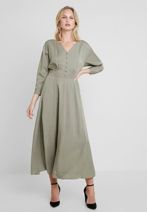 ADDA 7/8 LONG DRESS - Maxikjoler - vetiver
