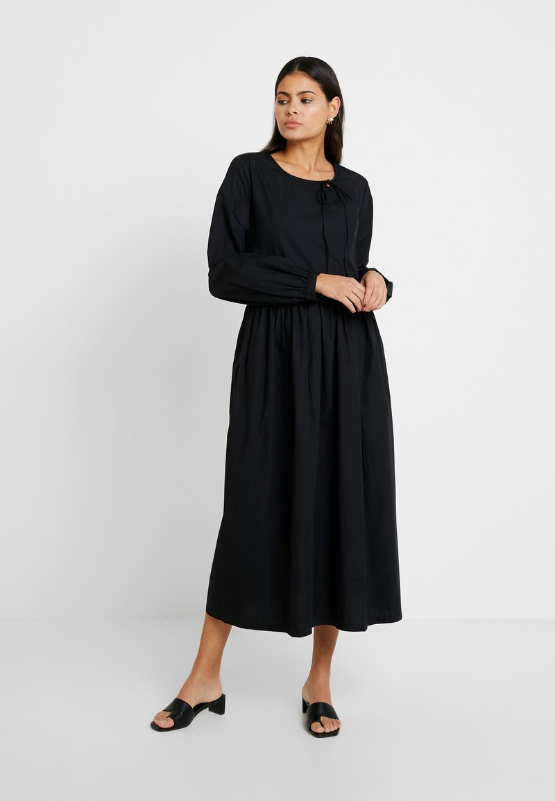 Selected Femme - SLFNAGOYA DRESS - Maxi dress - black