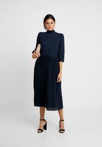 Selected Femme - SLFBETHANY MIDI DRESS - Day dress - night sky - 2