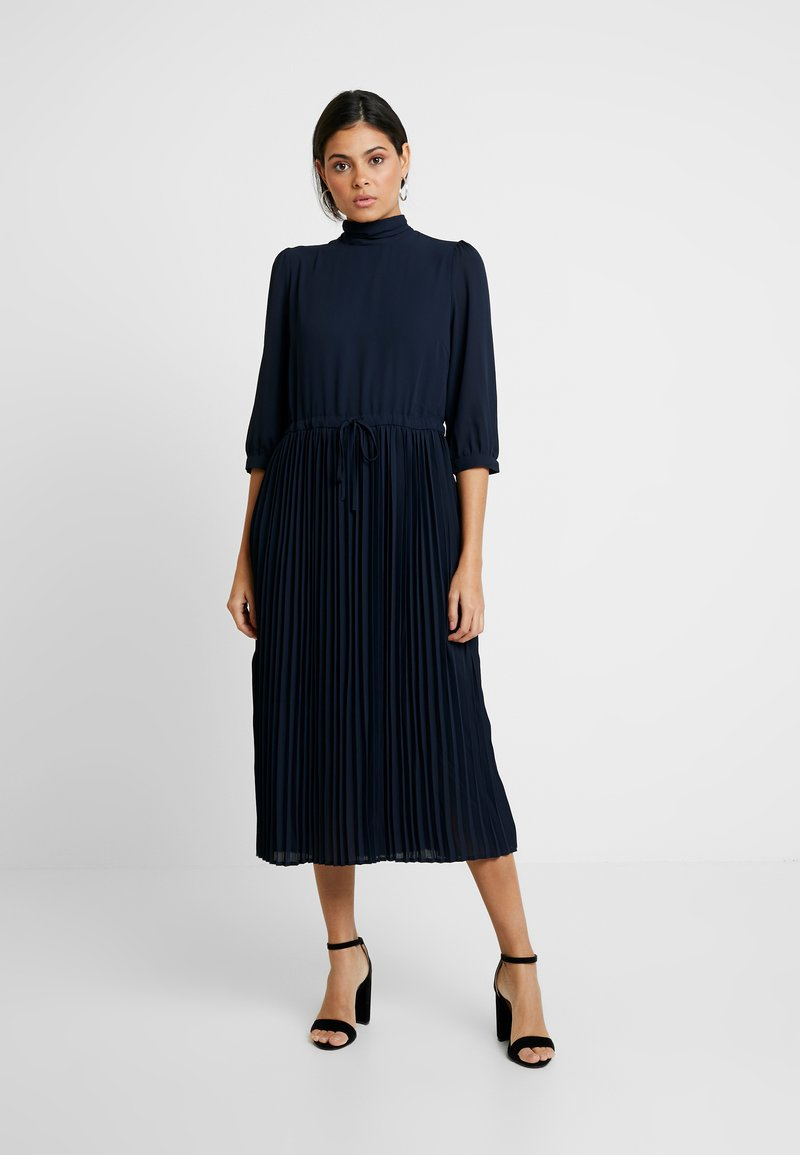 Selected Femme - SLFBETHANY MIDI DRESS - Day dress - night sky