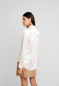 Selected Femme - SLFAUDREY ODETTE - Button-down blouse - sandshell - 2