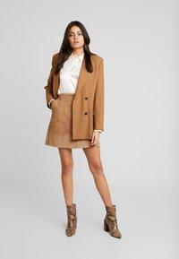 Selected Femme - SLFAUDREY ODETTE - Button-down blouse - sandshell - 1