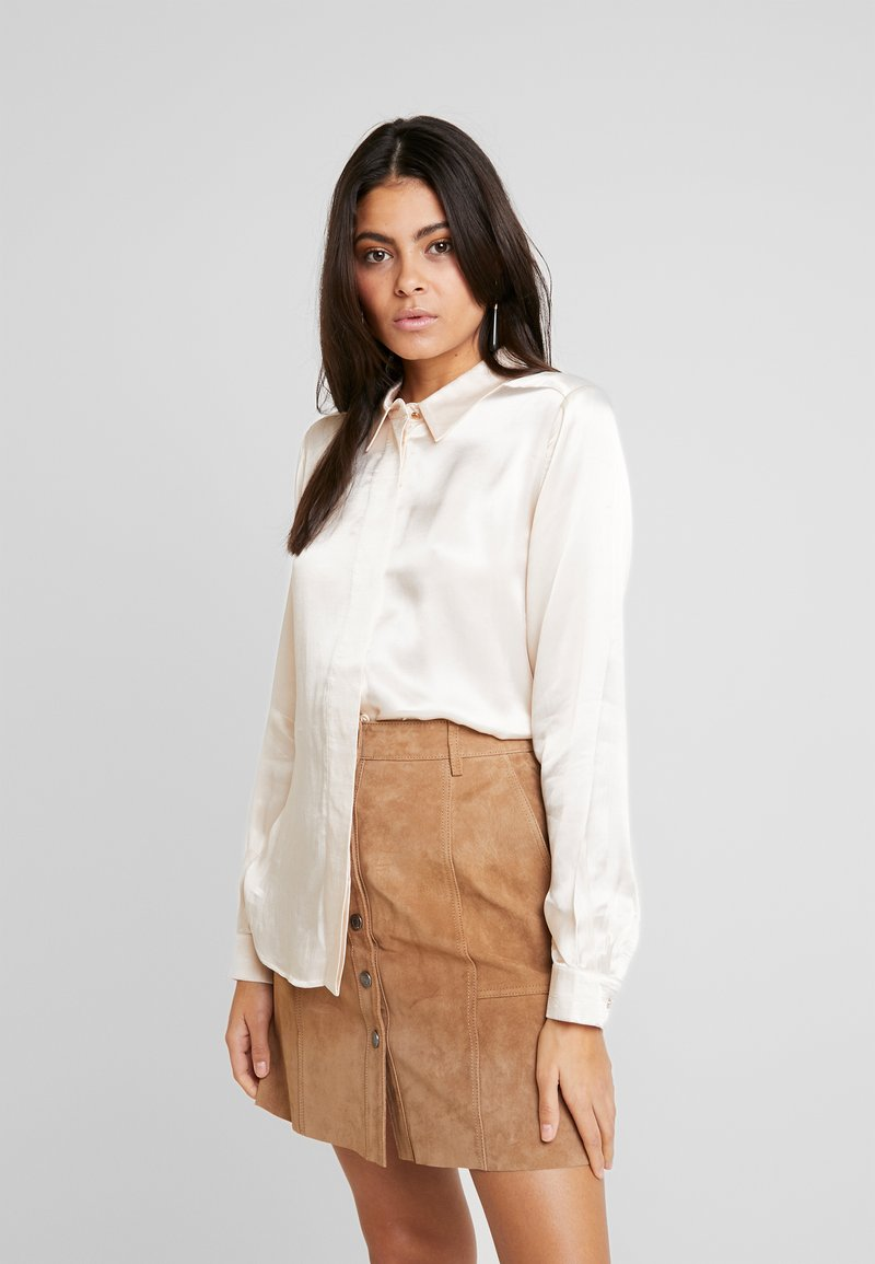 Selected Femme - SLFAUDREY ODETTE - Button-down blouse - sandshell