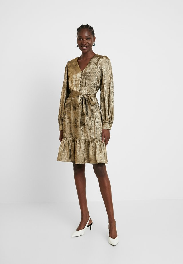 SLFAURELIA DRESS - Sukienka koktajlowa - gold