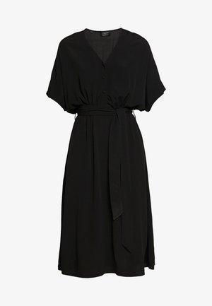 SLFVIENNA DRESS - Denní šaty - black