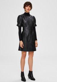 Selected Femme - Day dress - black - 1