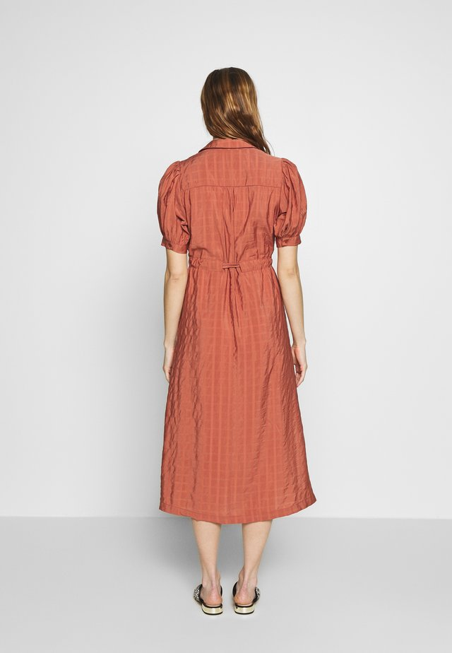 SLFMINNA CALLY DRESS - Shirt dress - withered rose