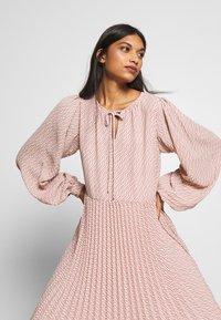 Selected Femme - SLFANDREA MIDI DRESS - Day dress - pale mauve - 3