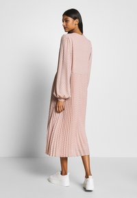 Selected Femme - SLFANDREA MIDI DRESS - Day dress - pale mauve - 2