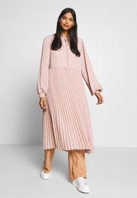 Selected Femme - SLFANDREA MIDI DRESS - Day dress - pale mauve - 1