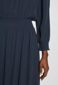 Selected Femme - SLFALLISON-VIENNA MIDI DRESS - Sukienka letnia - night sky - 5