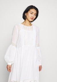 Selected Femme - SLFVALENTINA MIDI DRESS - Robe d'été - snow white - 3