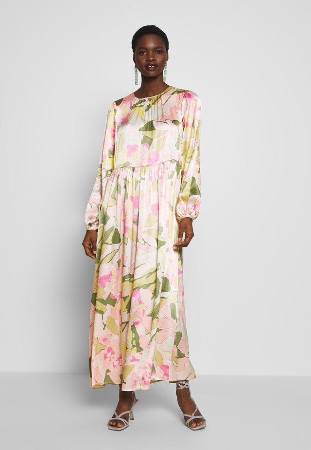 SLFMOLA ANKLE DRESS - Maxiklänning - rosebloom
