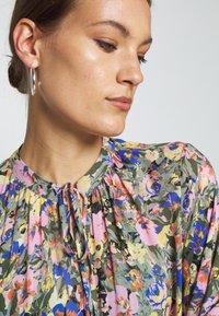 Selected Femme - SLFMADISON 3/4  ANKLE DRESS - Shirt dress - multi-coloured - 5