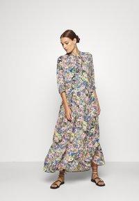 Selected Femme - SLFMADISON 3/4  ANKLE DRESS - Shirt dress - multi-coloured - 0