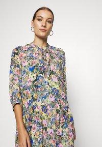 Selected Femme - SLFMADISON 3/4  ANKLE DRESS - Shirt dress - multi-coloured - 3
