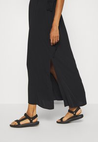 Selected Femme - SLFWYNONA-DAMINA ANKLE SLIT - Korte jurk - black - 3