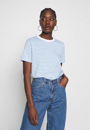 SFMY PERFECT TEE BOX CUT - T-shirt z nadrukiem - della robbia blue/snow white