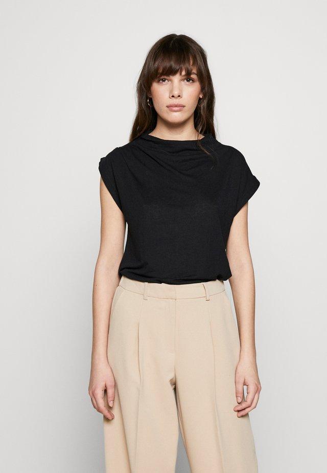 SFIVY - Basic T-shirt - black