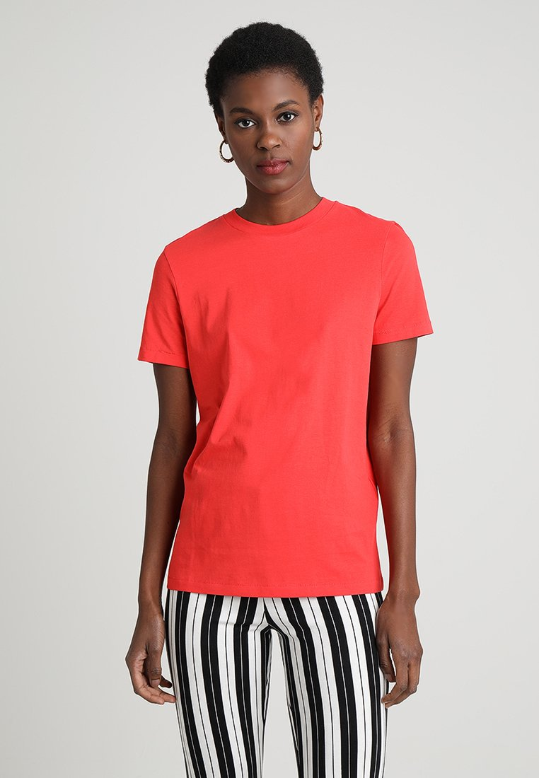 Selected Femme - SFMY PERFECT BOX CUT COLOR - T-shirts basic - red