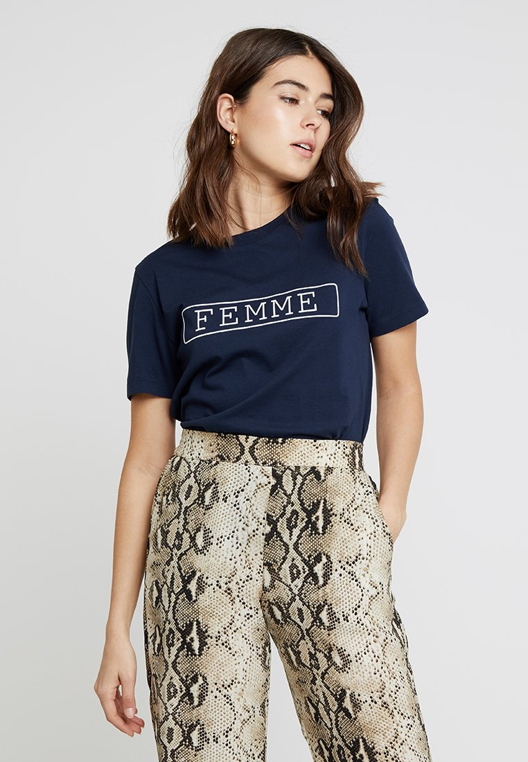 Selected Femme - SLFANN - Camiseta estampada - dark sapphire/bright white