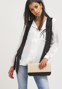 Selected Femme - SFDYNELLA - Blouse - snow white - 3