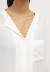 Selected Femme - SFDYNELLA - Blouse - snow white - 4