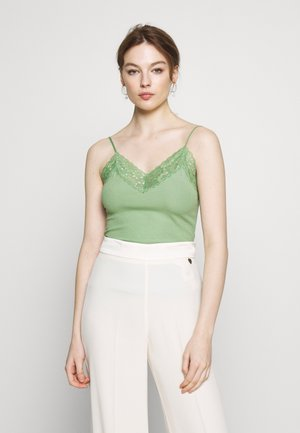 SFMIO SINGLET - Topper - watercress