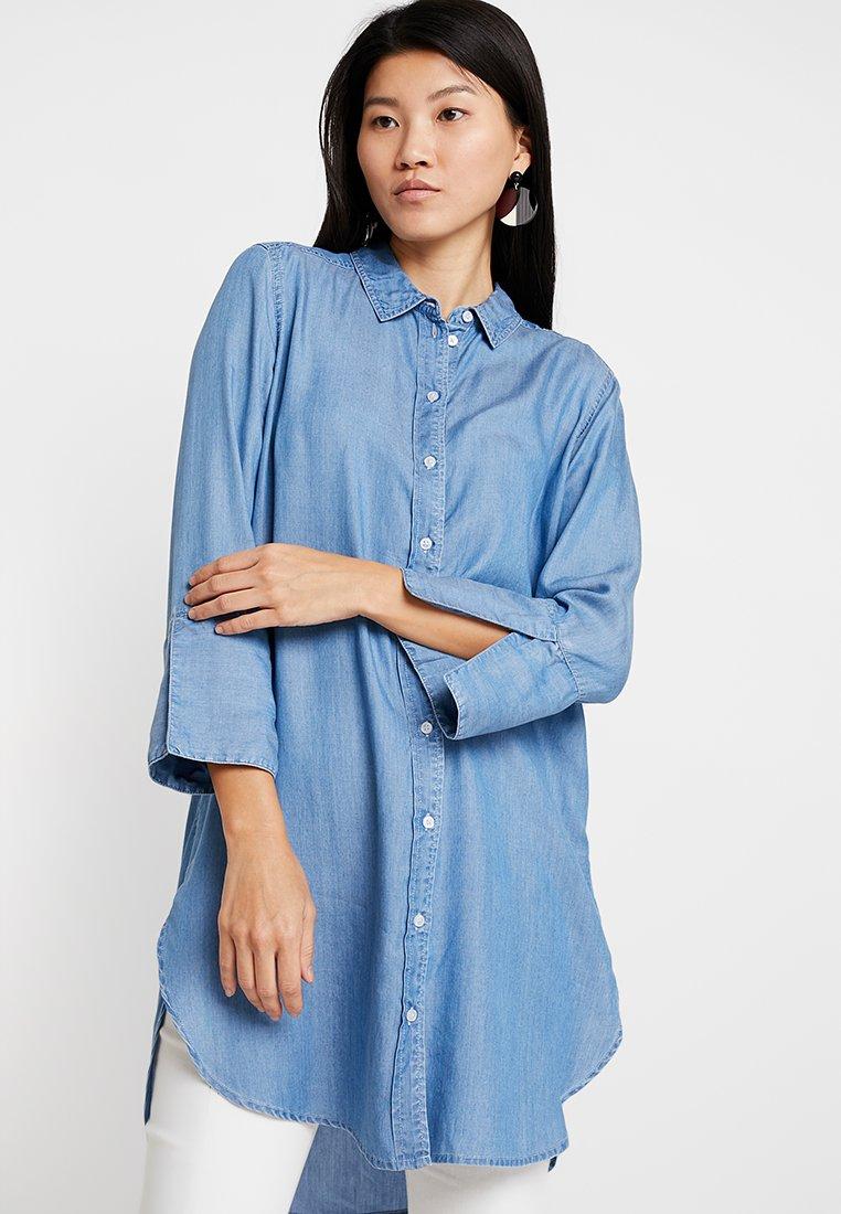 Selected Femme - SLFMARLA LONG - Hemdbluse - light blue