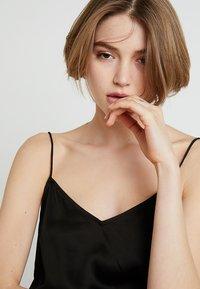 Selected Femme - SLFLAYLA STRAP - Top - black - 3