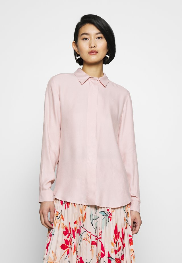 SLFARABELLA ODETTE - Button-down blouse - sepia rose