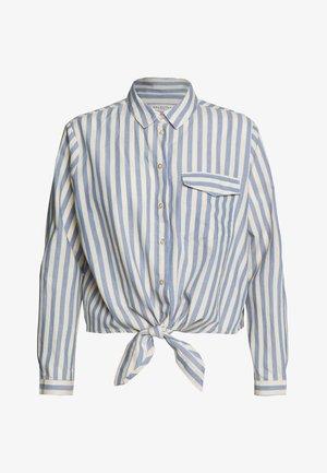 SLFZENIA PETITE - Camisa - country blue/sandshell