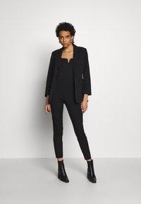 Selected Femme - SLFILUE SHAPED - Blazer - black - 1