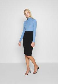 Selected Femme - SLFCOSTA ROLLNECK - Jersey de punto - della robbia blue - 1