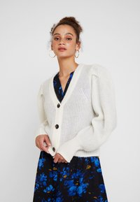 Selected Femme - SLFIVA CARDIGAN - Chaqueta de punto - snow white - 0