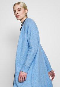 Selected Femme - SLFLANNA CARDIGAN - Kardigan - della robbia blue/melange - 3