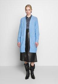Selected Femme - SLFLANNA CARDIGAN - Kardigan - della robbia blue/melange - 0