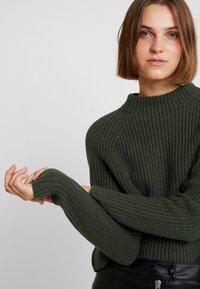 Selected Femme - SLFBANDANI HIGHNECK - Stickad tröja - rosin - 3