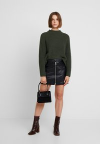 Selected Femme - SLFBANDANI HIGHNECK - Stickad tröja - rosin - 1