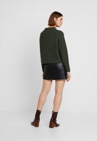 Selected Femme - SLFBANDANI HIGHNECK - Stickad tröja - rosin - 2