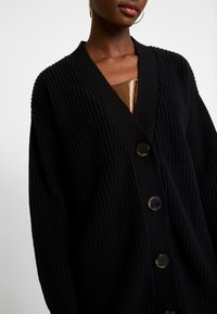 Selected Femme - SLFBAILEY BUTTON CARDIGAN - Kardigan - black - 4