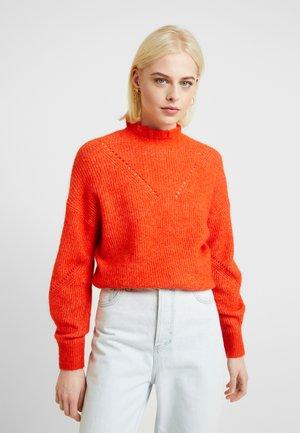SLFINGA FRILL-NECK - Strikkegenser - orange