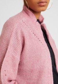 Selected Femme - SLFINGA FRILL CARDIGAN - Strickjacke - heather rose - 5