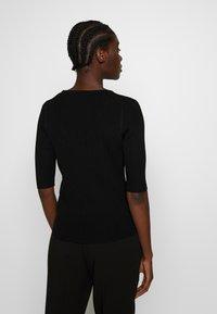 Selected Femme - SLFMARGE DEEP O-NECK - Vest - black - 2